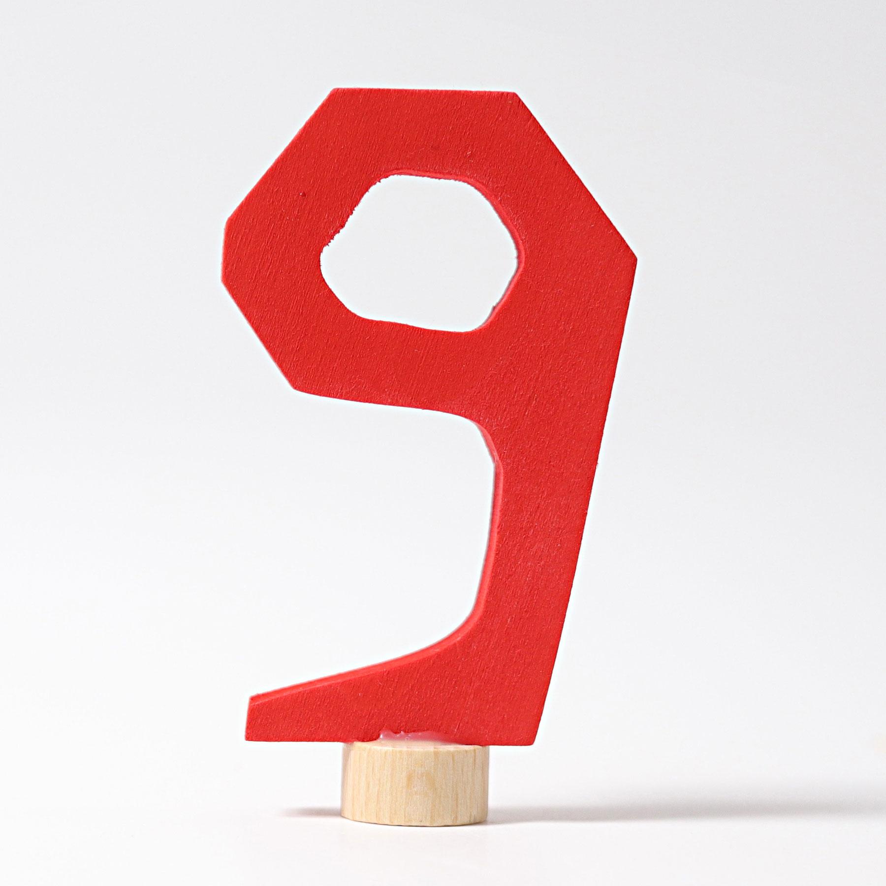 Stecker 9